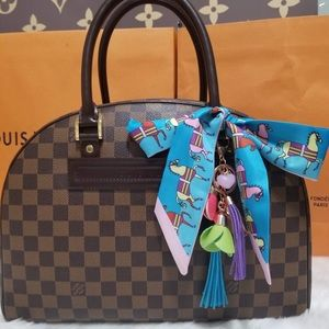 💯%authentic Louis Vuitton nolita damier ebene